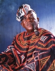 Ousmane Sembene en tenue Bamileke