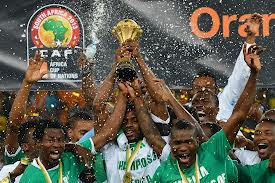 Super Eagles lifting the trophy