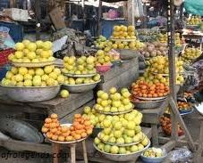 Un étalage de fruits
