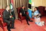 President Banda of Malawi kneeling to President Kikwete of Tanzania?